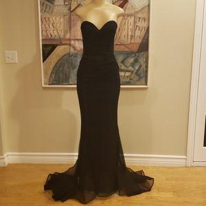 Custom terani trumpet fishnet gown (navy +black)